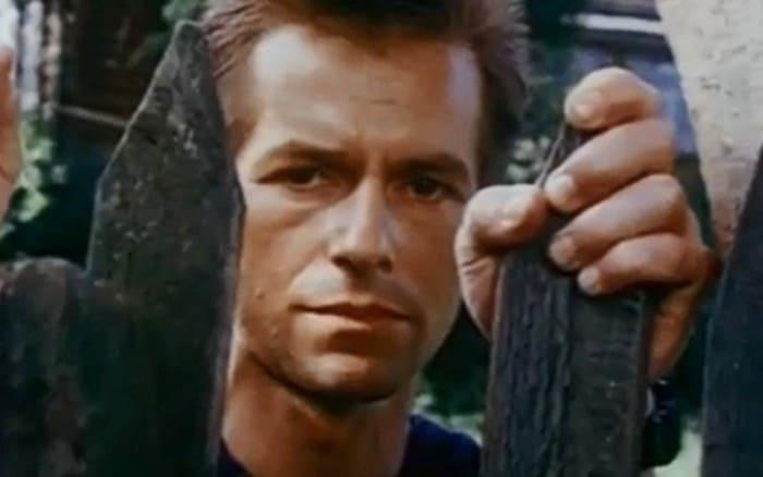 Игорь Ливанов в фильме *Тридцатого уничтожить!*, 1992 | Фото: 24smi.org