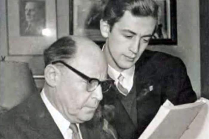 Василий Ливанов с отцом | Фото: 24smi.org