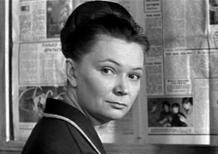 Это единственный фильм, в котором режиссер Станислав Ростоцкий снял свою жену – актрису Нину Меньшикову | Фото: kino-teatr.ru