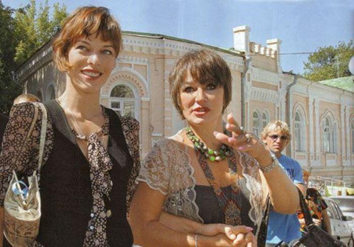 Милла Йовович и Галина Логинова   Фото: myhistori.ru