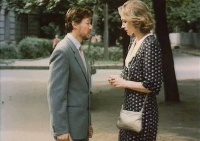 Кадр из фильма *Одинокая женщина желает познакомиться*, 1986 | Фото: domkino.tv