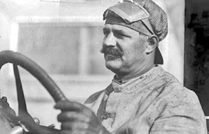 Знаменитый гонщик и автоконструктор Луи Шевроле | Фото: automotivehistory.ru
