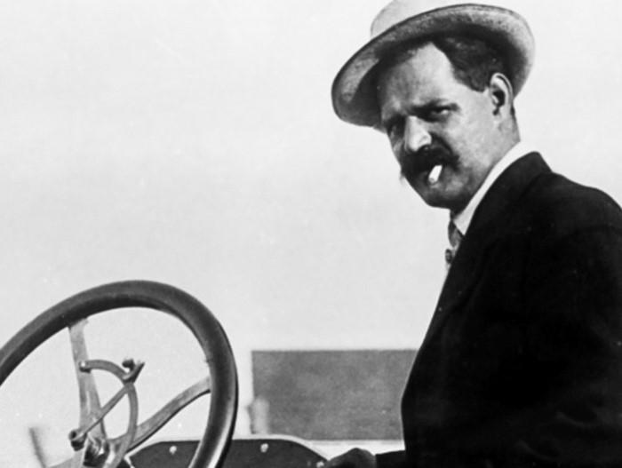 Знаменитый гонщик и автоконструктор Луи Шевроле | Фото: ruspekh.ru