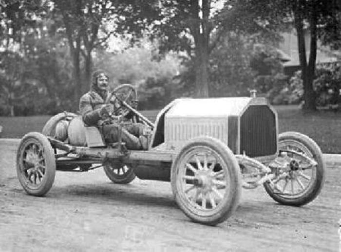 Автомобиль Chevrolet | Фото: automotivehistory.ru