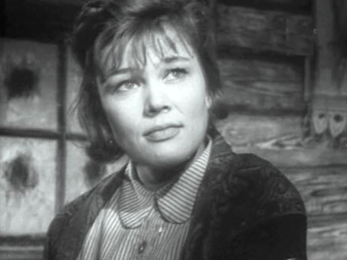 Люсьена Овчинникова в фильме *Верность*, 1965 | Фото: kino-teatr.ru