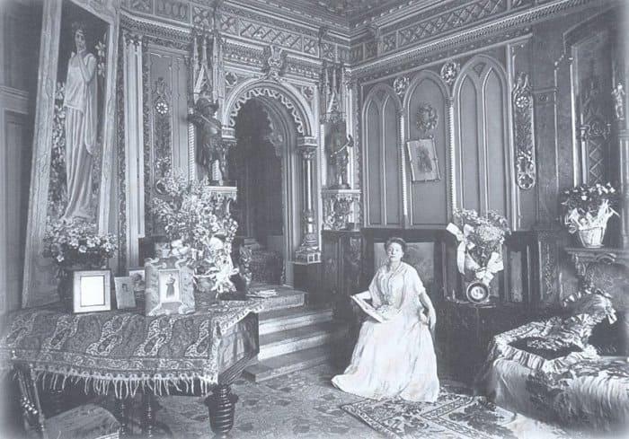 Лидия Яворская у себя дома | Фото: ljwanderer.livejournal.com