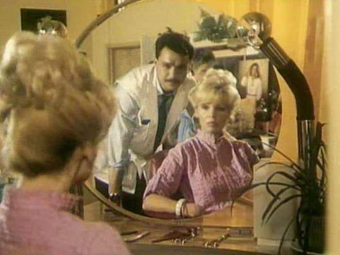 Кадр из фильма *Салон красоты*, 1985 | Фото: kino-teatr.ru