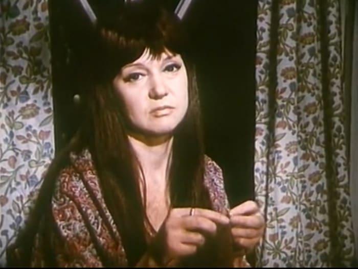Людмила Гурченко в фильме *Дача*, 1973 | Фото: kino-teatr.ru