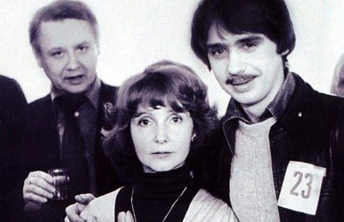 Людмила Крылова с мужем и сыном Антоном   Фото: uznayvse.ru
