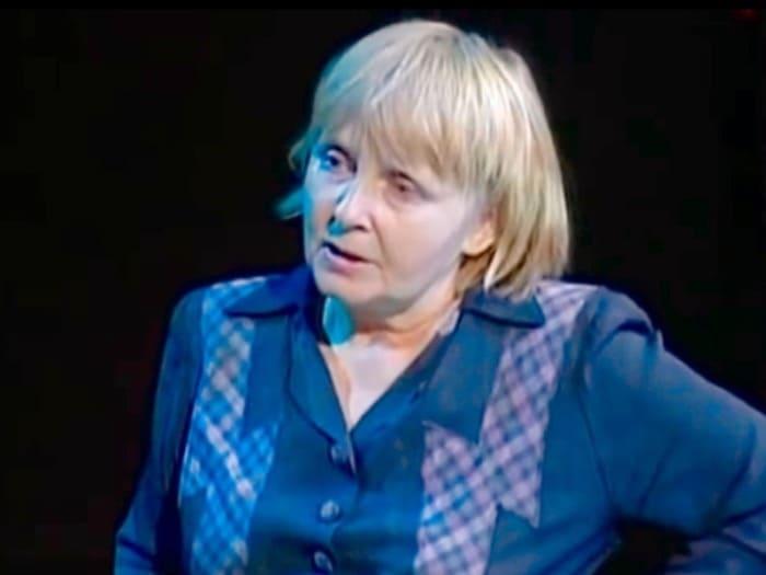 Людмила Крылова в фильме-спектакле *Крутой маршрут*, 2008 | Фото: kino-teatr.ru