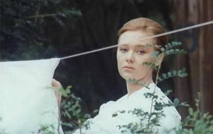 Людмила Савельева в фильме *Подсолнухи*, 1970 | Фото: kino-teatr.ru