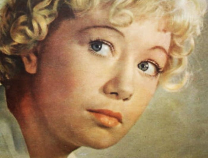Актриса на обложке журнала *Советский экран*, 1957 | Фото: kino-teatr.ru