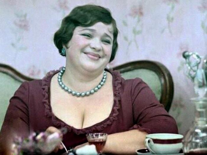 Наталья Крачковская в образе мадам Грицацуевой | Фото: mtdata.ru