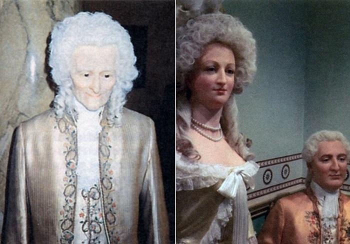 Слева – восковая фигура Вольтера – первая самостоятельная работа мадам Тюссо. Справа – восковые фигуры Марии-Антуанетты и Людовика XVI | Фото: 100grt.ru