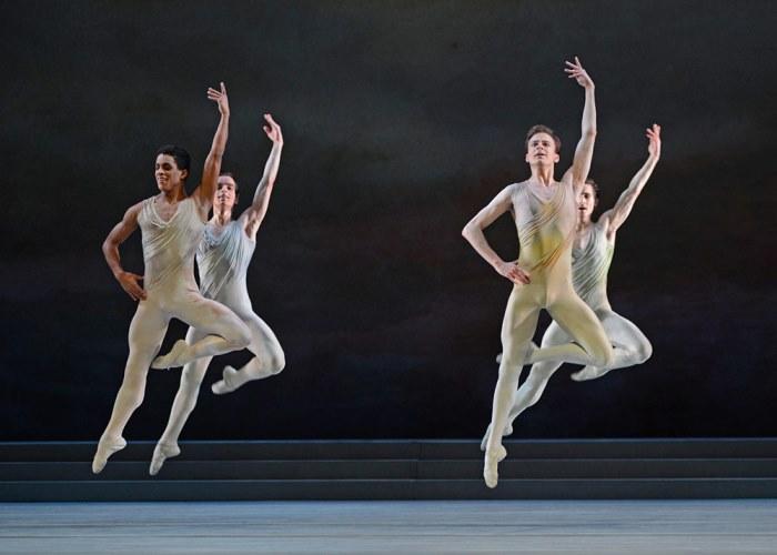 Марселино Самбе и другие артисты Королевского балета в *Рапсодии*