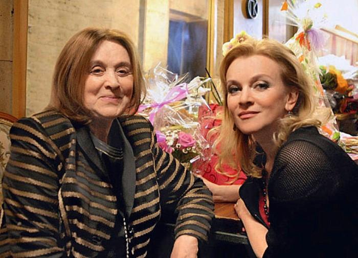 Маргарита Терехова с дочерью Анной | Фото: 24smi.org