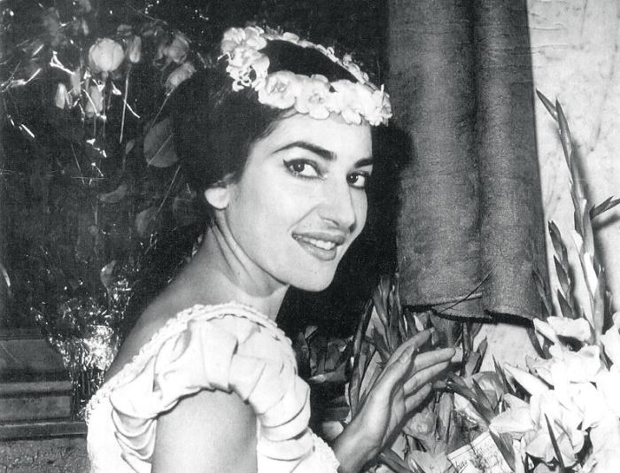Мария Каллас в опере В. Беллини *Сомнамбула*   Фото: top-antropos.com