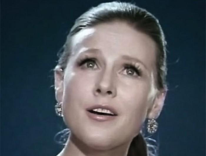 Известная в 1960-1970-х гг. советская певица Мария Пахоменко | Фото: facenews.ua