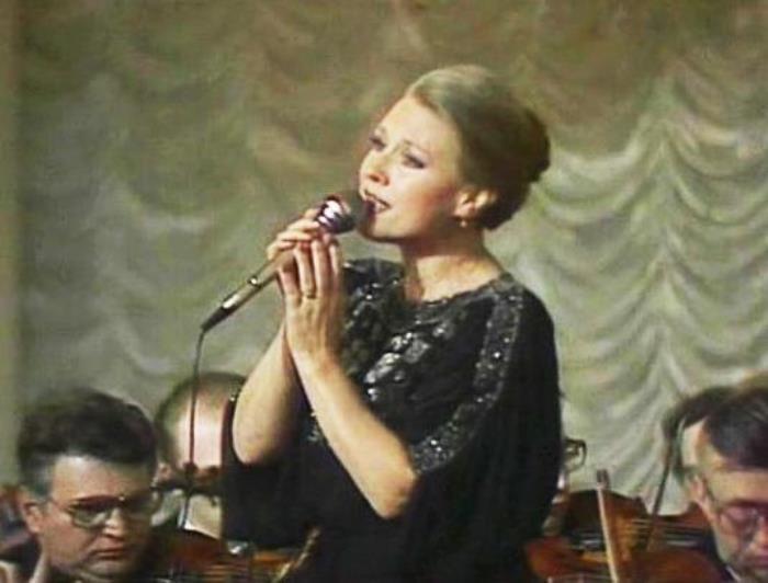 Известная в 1960-1970-х гг. советская певица Мария Пахоменко | Фото: i.trust.ua