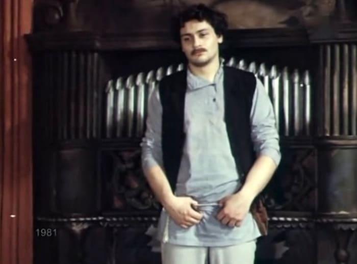 Дмитрий Назаров в фильме-спектакле *Доходное место*, 1981 | Фото: kino-teatr.ru