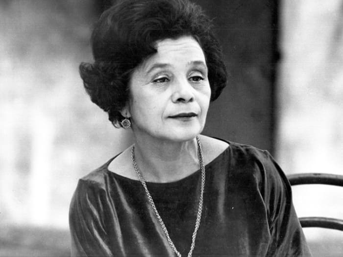 Мария Виноградова в фильме *Из жизни отдыхающих*, 1980 | Фото: kino-teatr.ru