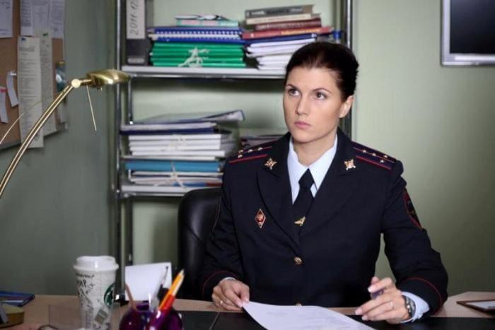 Марьяна Спивак в сериале *Напарницы*, 2016 | Фото: kino-teatr.ru