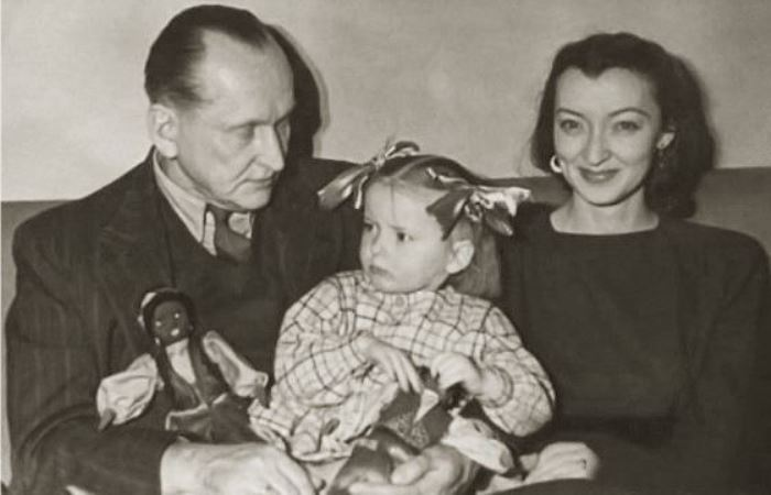 Марианна с родителями – Александром и Лидией Вертинскими | Фото: diwis.ru