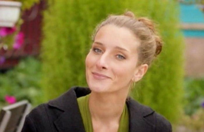 Мариэтта Цигаль-Полищук в сериале *Земский доктор. Любовь вопреки*, 2014 | Фото: kino-teatr.ru