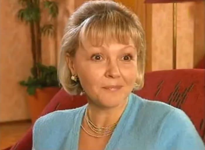 Марина Дюжева в сериале *Дружная семейка*, 2001-2004   Фото: kino-teatr.ru