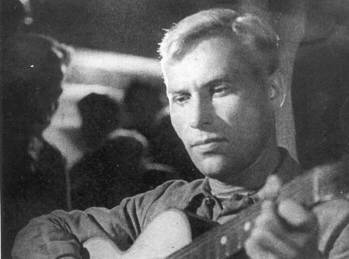 Марк Бернес в фильме *Два бойца*, 1943 | Фото: culture.ru