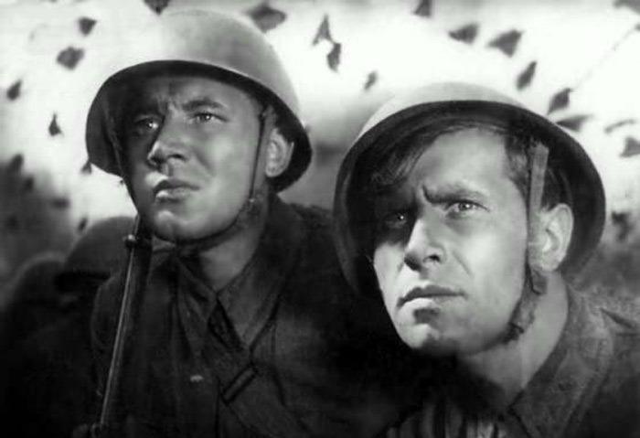Кадр из фильма *Два бойца*, 1943 | Фото: mtdata.ru