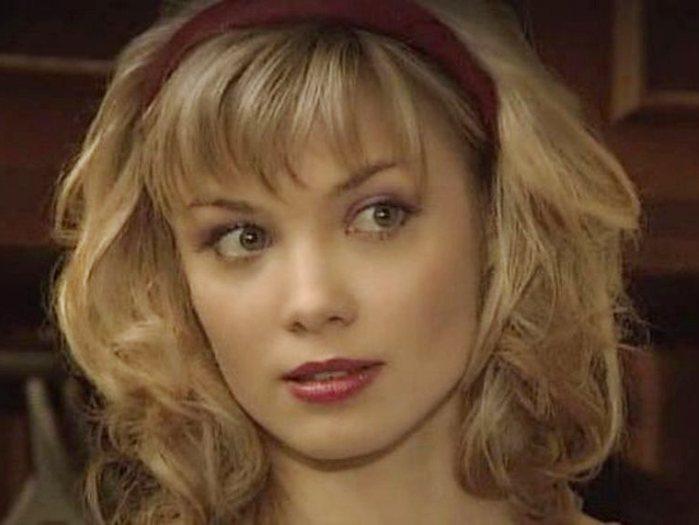 Татьяна Арнтгольц в сериале *Наваждение*, 2004   Фото: kino-teatr.ru
