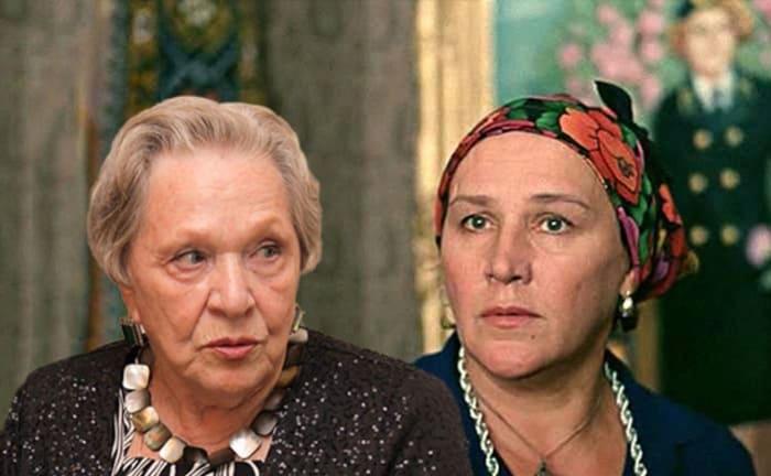 Римма Маркова и Нонна Мордюкова | Фото: ygashae-zvezdu.livejournal.com