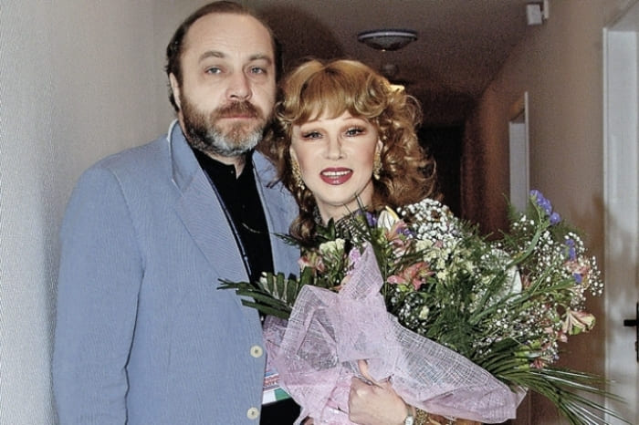 Последний муж актрисы Сергей Сенин | Фото: aeslib.ru