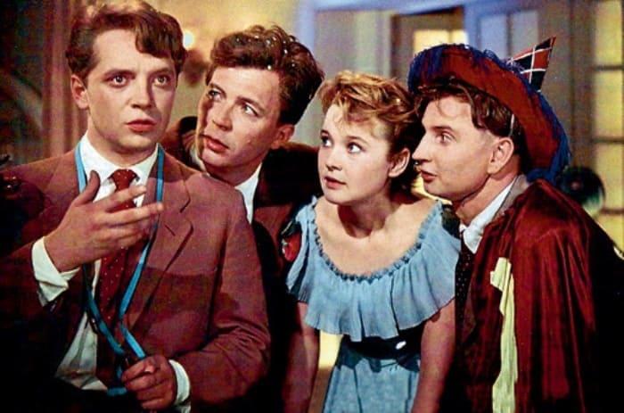 Кадр из фильма *Карнавальная ночь*, 1956 | Фото: eg.ru