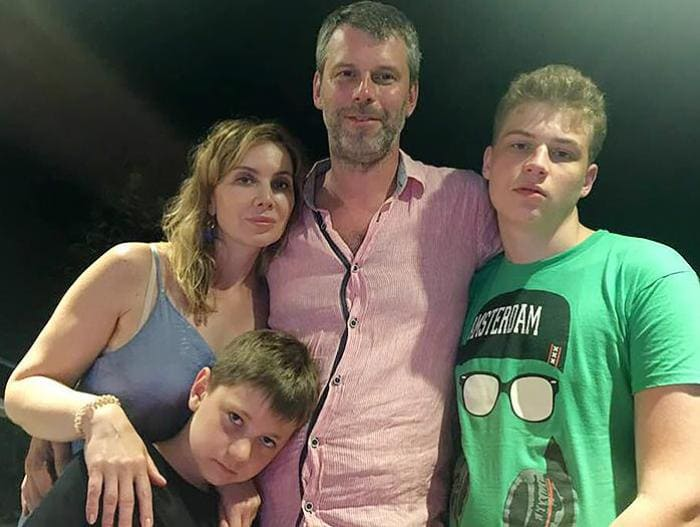 Актриса с мужем и сыновьями | Фото: teleprogramma.pro