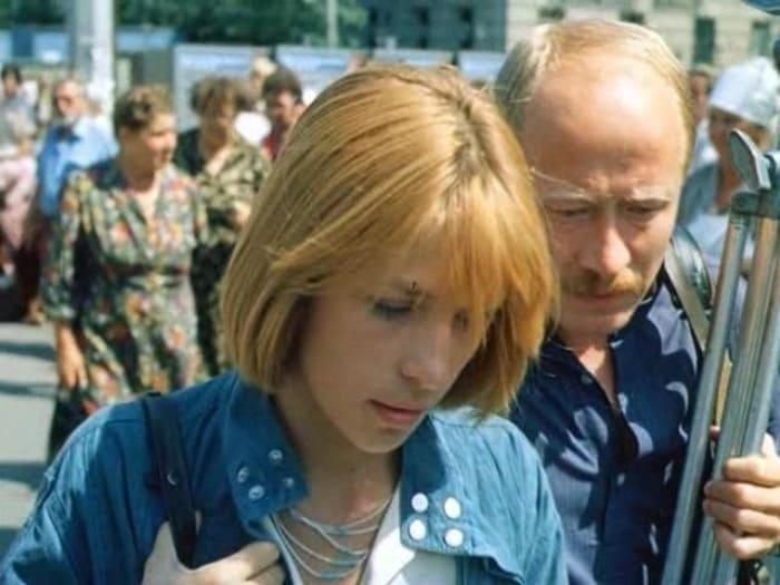 Вера Глаголева и Виктор Проскурин в фильме *Выйти замуж за капитана*, 1985 | Фото: vokrug.tv