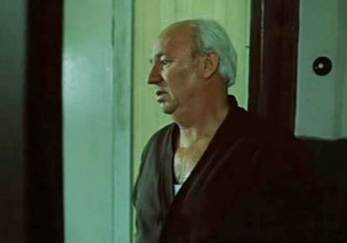 Николай Рыбников в фильме *Выйти замуж за капитана*, 1985 | Фото: kino-teatr.ru