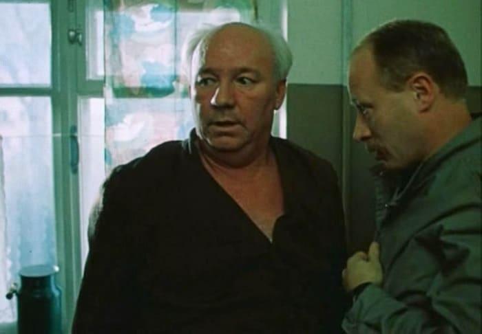 Николай Рыбников в фильме *Выйти замуж за капитана*, 1985 | Фото: vokrug.tv