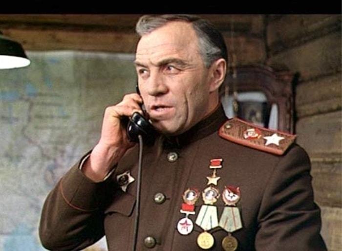 М. Ульянов в роли маршала Жукова | Фото: imhonet.ru