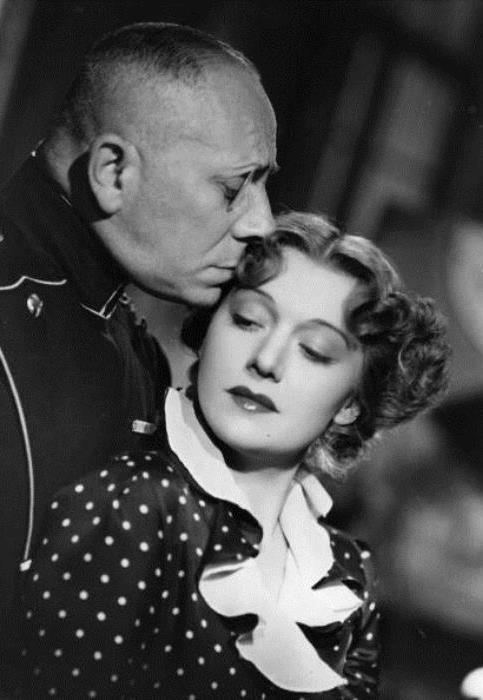 Кадр из фильма *Марта Ришар на службе Франции*, 1937 | Фото: cripo.com.ua