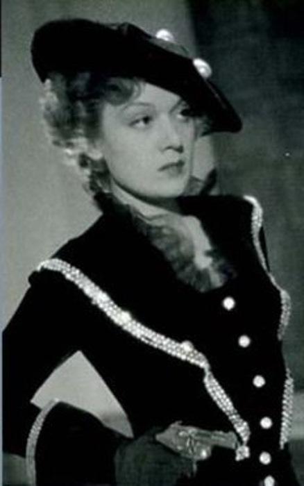 Постер фильма *Марта Ришар на службе Франции*, 1937 | Фото: lostfilm.info