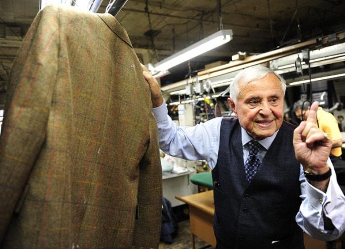 Хозяин швейной фабрики | Фото: fashionjunkie.ru