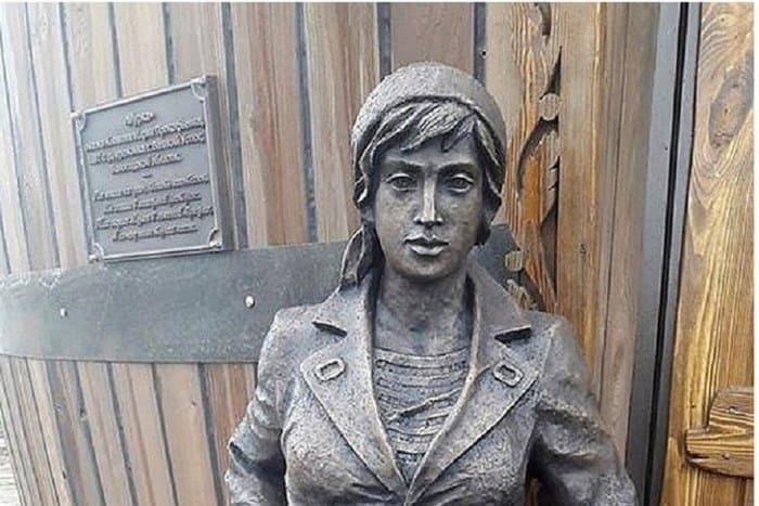 Памятник Марии Климовой в Великом Устюге | Фото: radiokp.ru