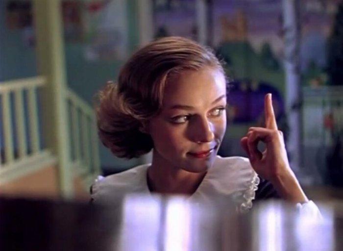 Наталья Андрейченко в роли Мэри Поппинс | Фото: domkino.tv