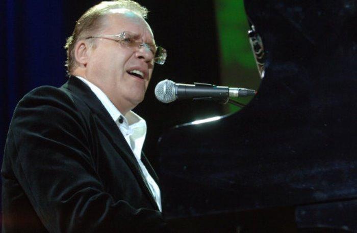 Автор музыки к популярным советским фильмам Максим Дунаевский | Фото: ria.ru