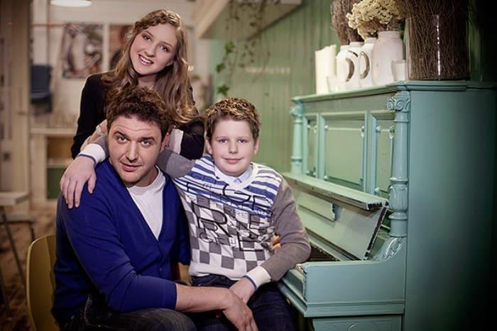 Актер с дочерью Полиной и сыном Даниилом   Фото: 24smi.org