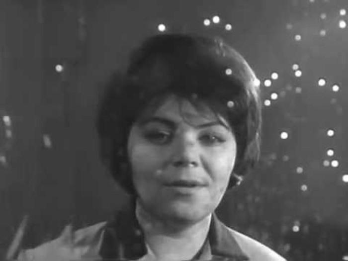 Знаменитая советская певица, которую обвинили в *пропаганде грусти* | Фото: i.ytimg.com