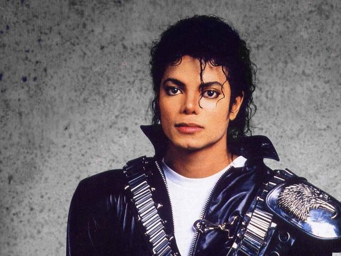 Поп-король Майкл Джексон | Фото: inforesist.org