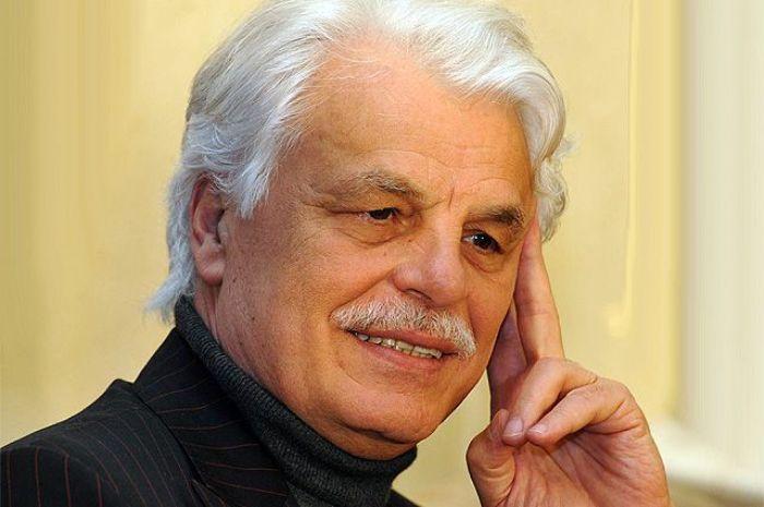 Известный итальянский актер, кинорежиссер и продюсер Микеле Плачидо | Фото: aif.ru